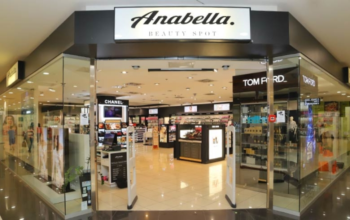 ...preko Anabella Beauty Spot...